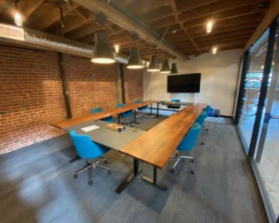 Large Industrial Chic Meeting Space (Seats up to 15), Oakland, CA