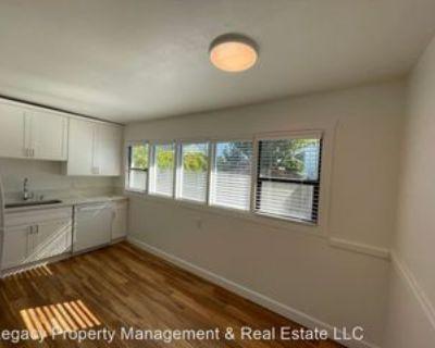 84 Barham Ave, Santa Rosa, CA 95407 3 Bedroom Apartment