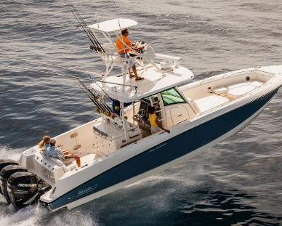 2014 Boston Whaler 350 Outrage