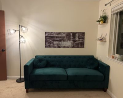 Sublet bedroom in Palo Alto townhouse in April/May/June