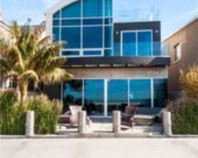2024 The Strand, Hermosa Beach, CA 90254 3 Bedroom House