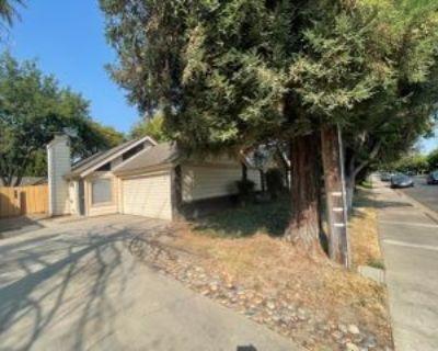 2013 Floyd Ave, Modesto, CA 95355 3 Bedroom Apartment