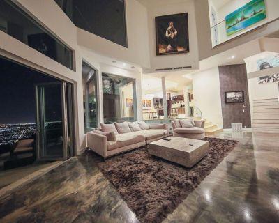 7 MILLION DOLLAR HOUSE!! HOLLYWOOD HILLS INSANE VIEWS MODERN 6BR W/ HOT TUB - Hollywood Hills West