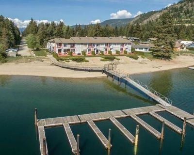 (Waterfront) Saratoga Resort & Marina (SUMMER SPECIAL). Boat Dock Included! - Scotch Creek