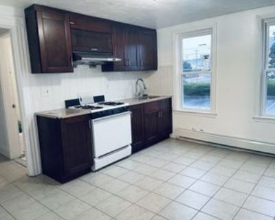 51 Hunt St #2, Quincy, MA 02171 5 Bedroom Apartment
