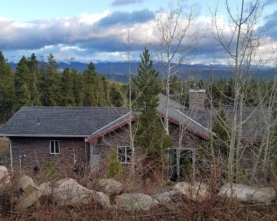Rocky Mountain Getaway- Divide Views, Hot Tub, Skiing, Close to Everything - Gilpin County