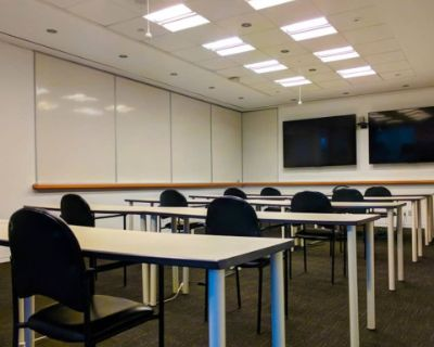50-Person Meeting Room
