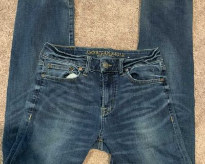 Guys size 29x32 American Eagle Jeans