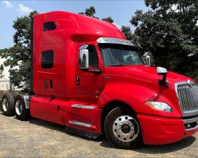 2019 INTERNATIONAL LT625 Sleeper Trucks Truck