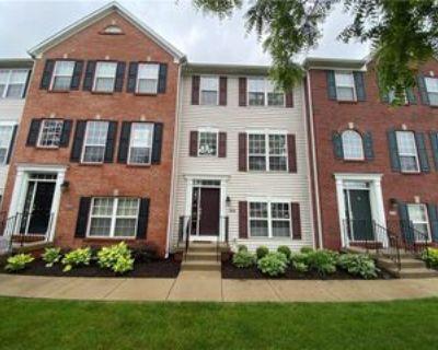 9429 Glencroft Way, Indianapolis, IN 46250 3 Bedroom Condo