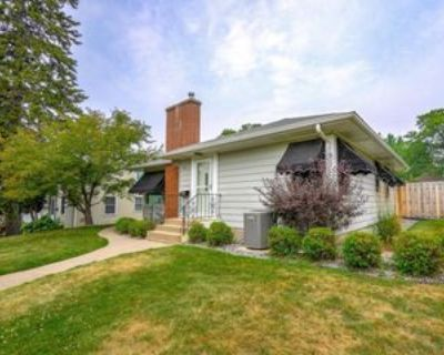 1613 Saunders Ave, St. Paul, MN 55116 4 Bedroom Apartment
