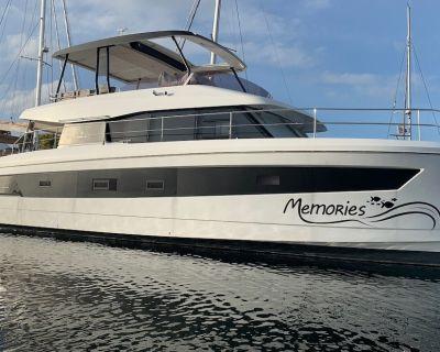 VRBO Exclusive Offer! New 50' Luxury Motor Yacht - Stock Island