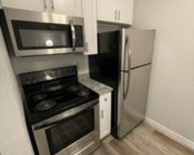 519 Jefferson St, Anoka, MN 55303 1 Bedroom Condo