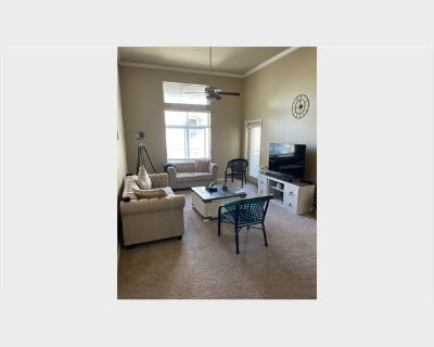 Room for rent in Casa Verde Street, North San Jose - Spacious Master Bedroom and Bathroom Available