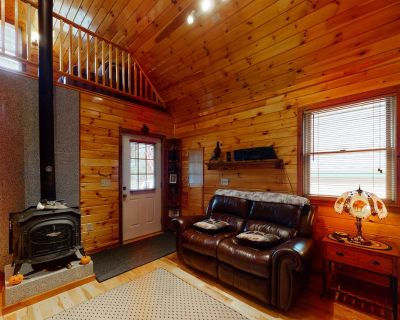 Cozy lakefront home on Sandy Bay w/ common beach, boat mooring & gas grill! - Northwest Piscataquis