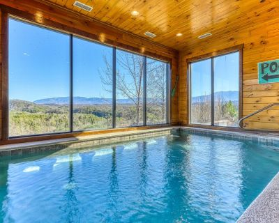 Large cabin w/private indoor pool, hot tub, theater & shared outdoor pool - Pigeon Forge