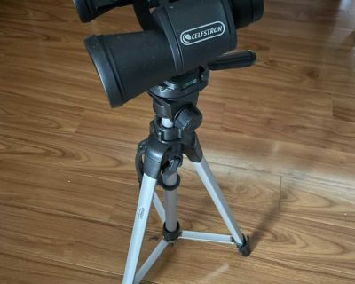 Binoculars w/ stand and case