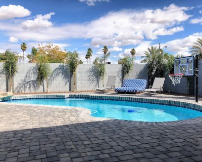 Hot tub, Heated pool, Amazing Backyard, Game Room, 4 Bedrooms - Covey