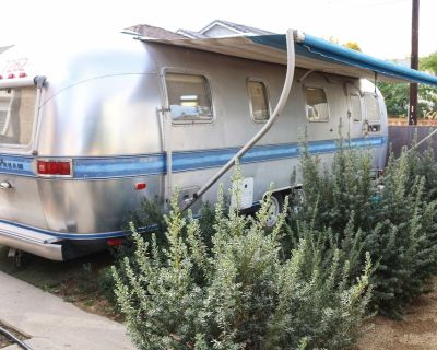 RV AIRSTREAM TINY LIVING BY LONG BEACH AIRPORT - Lakewood