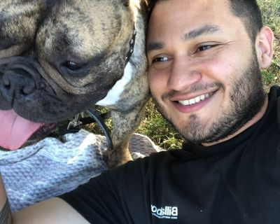Mario R is looking for a New Roommate in Houston with a budget of $800.00