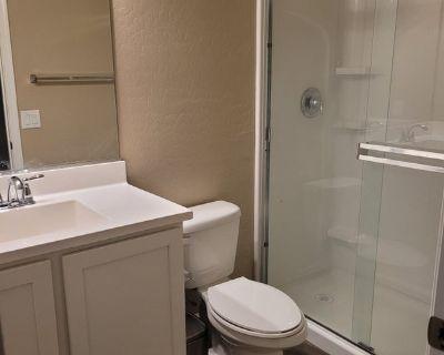 Single Room in 1 bed house in Buckeye