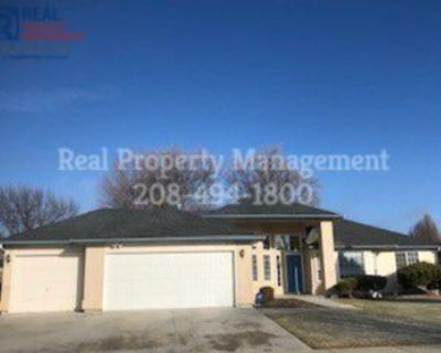 Fabulous 4/2 Newly Rennovated Home in the Meridian!