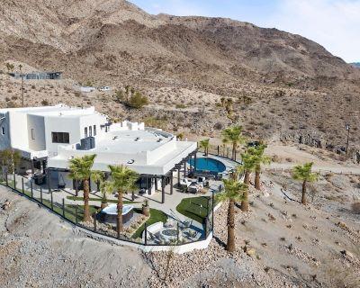 *NEW* The Summit - Hilltop Estate w/Sunset Views & Movie Theater - Palm Desert