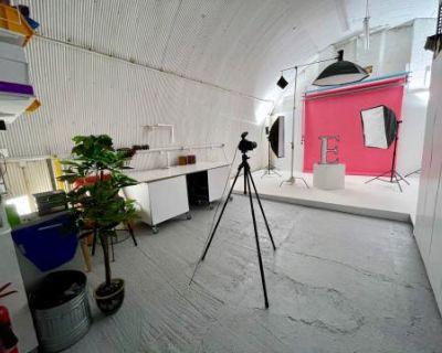 Arch Photo Studio - Medium Sized Affordable South London, LONDON