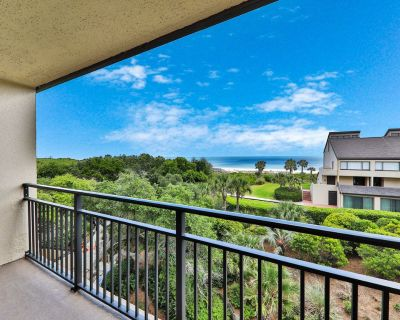 Elegant ocean view townhome w/ beach access, shared pool & perfect location! - Fernandina Beach