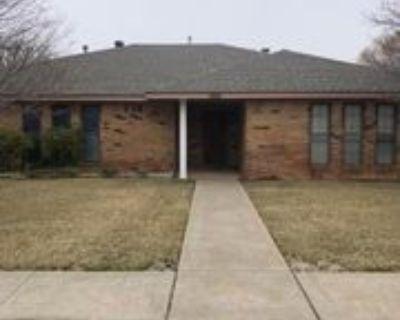 7212 Queens Pl, Amarillo, TX 79109 3 Bedroom Apartment