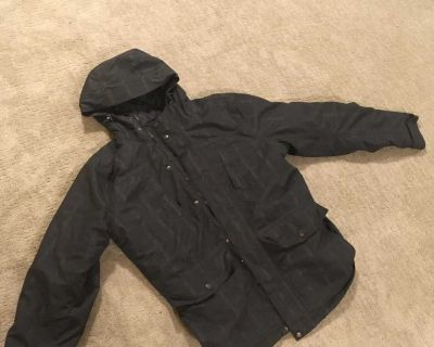Medium winter coat great for many winters to come