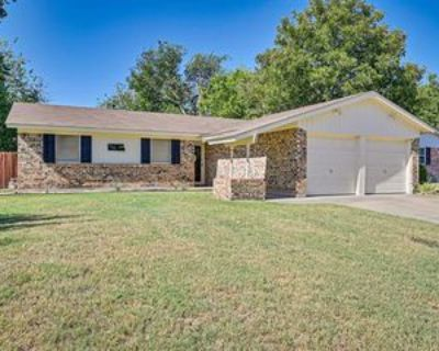 320 Gardenia Ct, Burleson, TX 76028 3 Bedroom House