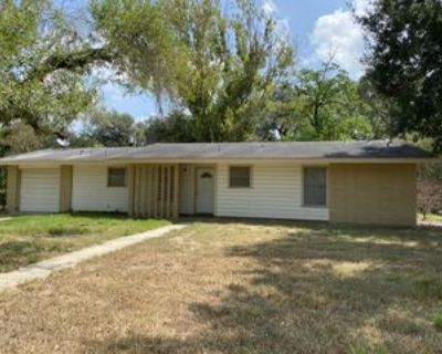 1008 Abilene St, Pleasanton, TX 78064 3 Bedroom House