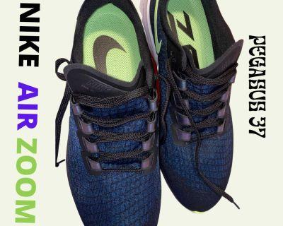 Nike Air Zoom Pegasus 37 Size 10.5