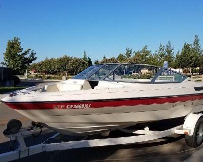 1993 MAXUM 1800 SR boat
