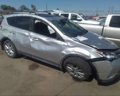 Salvage Silver 2014 Toyota Rav4