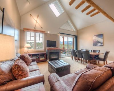 Cozy townhome, ski-in/ski-out, with private hot tub, mountain views and wifi - Saddle Ridge
