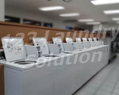 Coin Laundry Speed Queen Top Loader Washer SWTT21WN Porcelain Tub Used