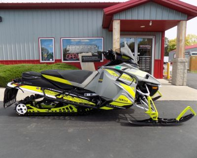 2018 Yamaha Sidewinder X-TX SE 141 Snowmobile -Trail Janesville, WI