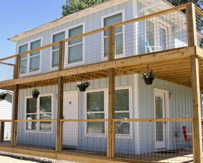 River Trail Cottages - Motor Court #6 - Kerrville