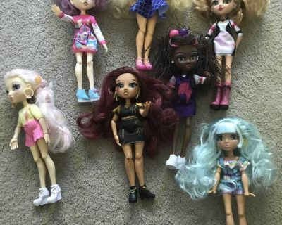 New dolls. Not sure what they are worth