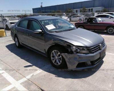 Salvage Gray 2017 Volkswagen Passat