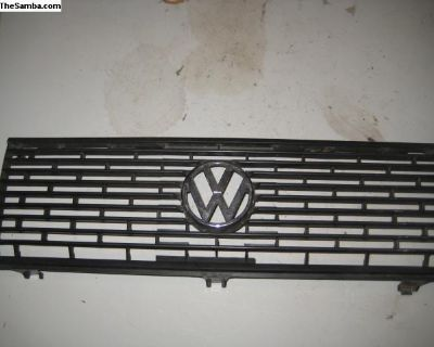 Jetta grille 80 to 84 ?? ID 161 853 659A