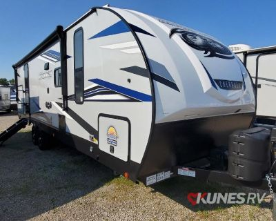 2022 Forest River Rv Cherokee Alpha Wolf 26RB-L