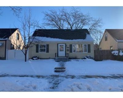 3 Bed 1 Bath Preforeclosure Property in Milwaukee, WI 53215 - S 30th St