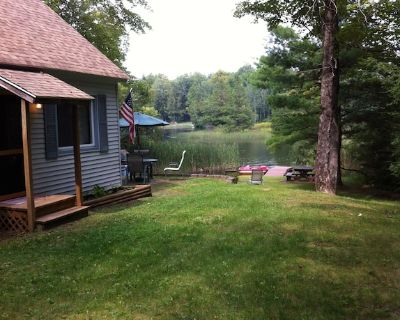 Beautiful Tranquil Lakefront Cottage in the Berkshires - Sherwood Forest