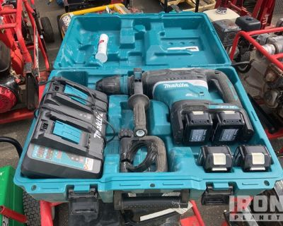 Makita XRH07 Electric Rotary Hammer