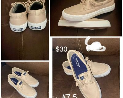 Sperry women s shoes size 7.5