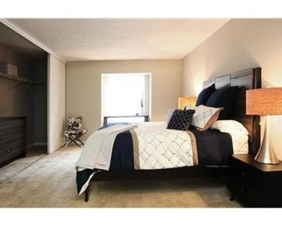 $1,045/mo \ Apartment - must see to believe.