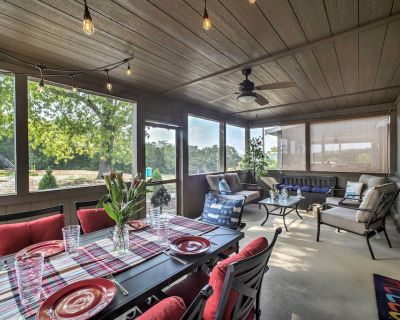 Cabin w/ Pool Access - Steps to Table Rock Lake! - Lampe